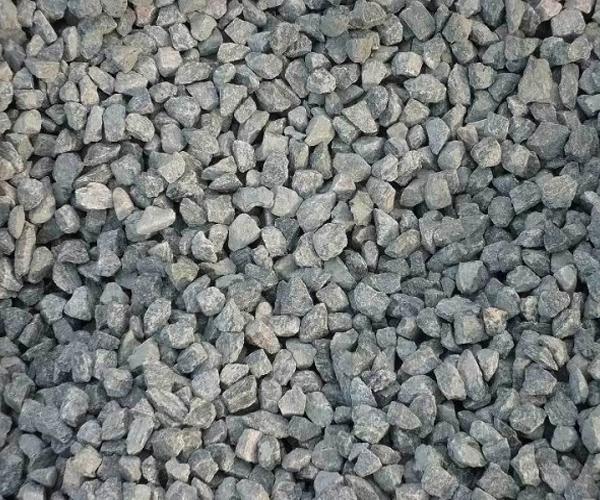 Гранитный щебень на могилу серый