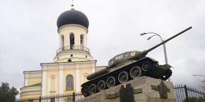 Изготовление памятников в Наро-Фоминске. Наша компания успешно занимается изготовлением гранитных памятников любых размеров и конструкции.