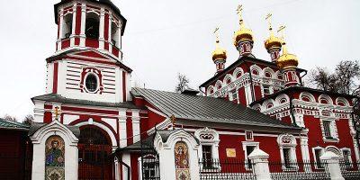 Изготовление элитных комплексов на Измайловском кладбище в Москве. Гранитный комплекс с установкой на Измайловском кладбище от завода-изготовителя.