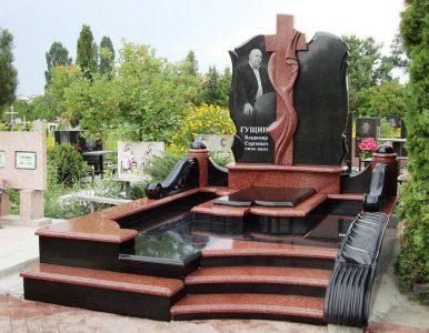 Изготовление элитных комплексов на могилу в Москве